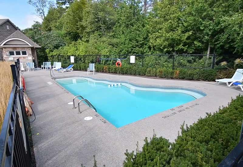 бассейн на заднем дворе 10_22